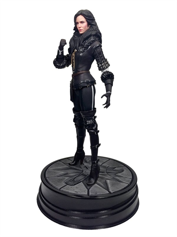 Dark Horse Witcher 3 Wild Hunt Yennifer Statue